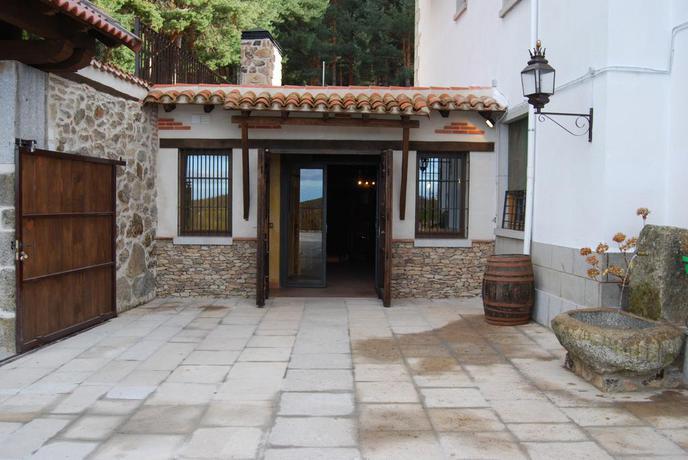 Hotel  Cinco Castaños