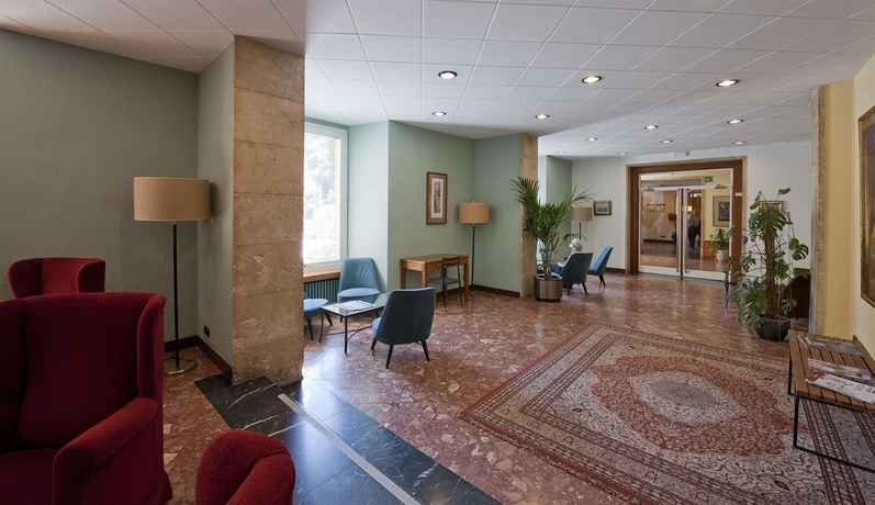 Hotel ABAT CISNEROS