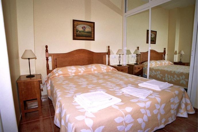 Hotel Apartamentos La Casa Del Barrio