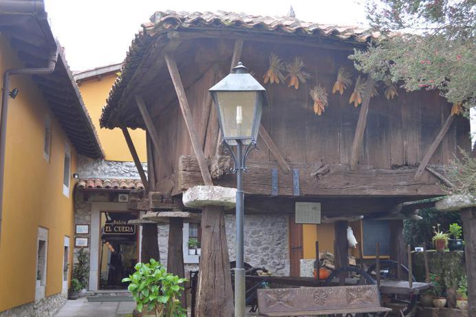 Hotel Apartamentos Rurales L'Arquera