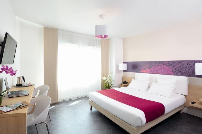 hoteles versalles. Black Bedroom Furniture Sets. Home Design Ideas