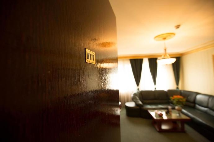 Hotel Bucharest Comfort Suites