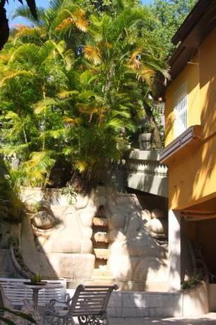 Hotel Casa Amarelo