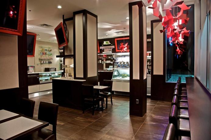 Hotel Century Plaza  & Spa