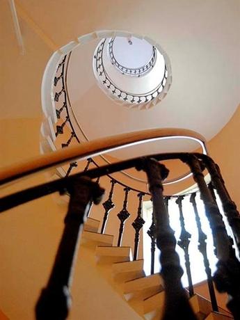 Hotel City Central de Luxe