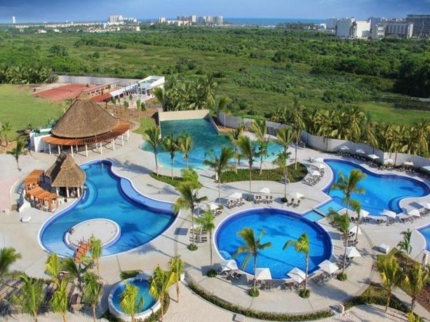Hotel El Resort En Mundo Imperial