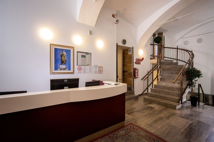 Hotel Emonec Hotel