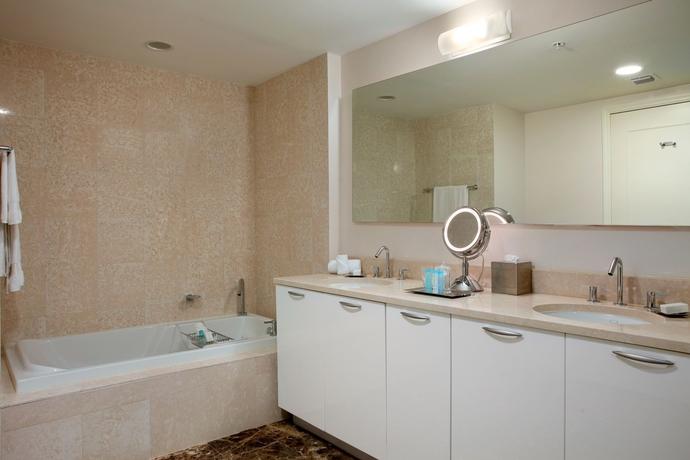 Hotel Hilton Fort Lauderdale Beach Resort