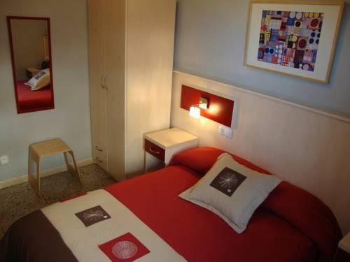 Hotel Hostal Badalona
