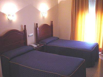 Hotel Hostal Niza I II