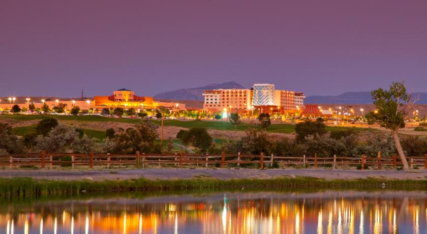 Hotel Isleta Resort And Casino