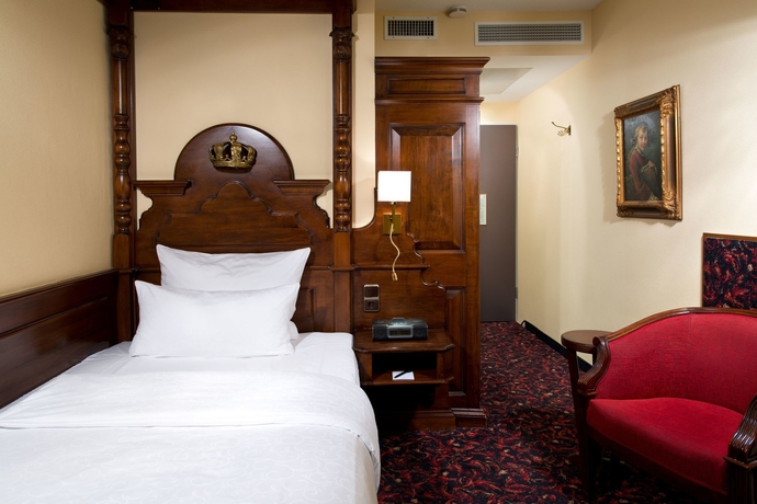 Hotel KINGs Hotel First Class