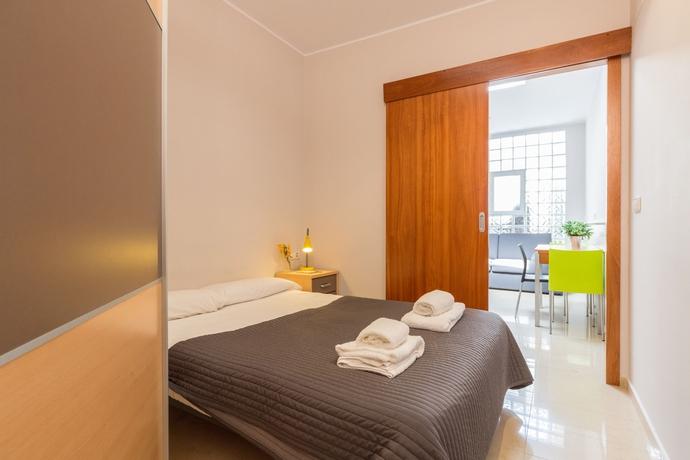 Hotel Lodging Apartments Sagrada Familia
