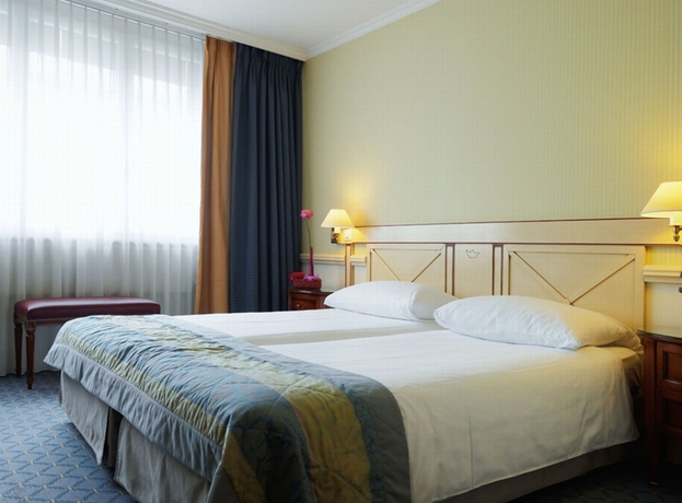 Hotel MANOTEL ROYAL