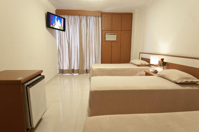 Hotel MONACO CENTER INN