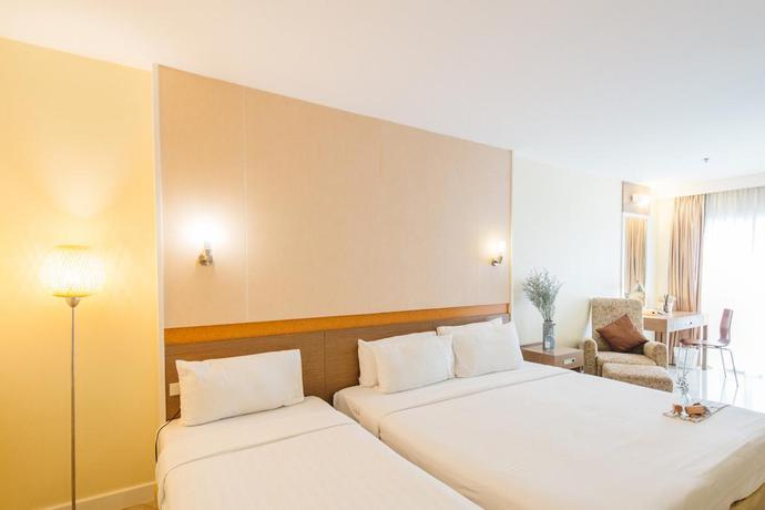 Hotel Monmanee Hotel