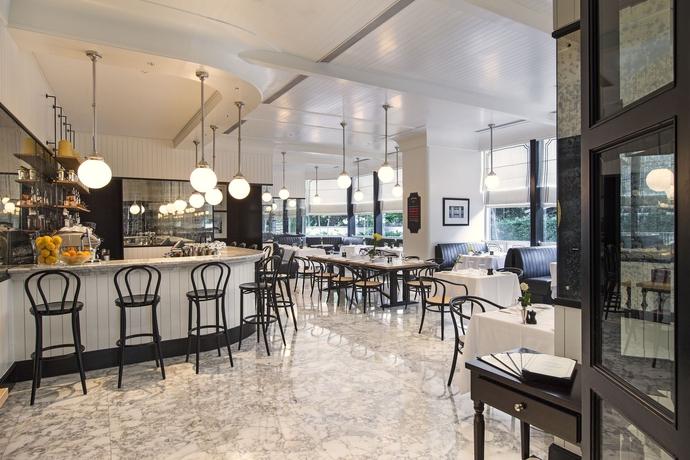 Hotel Oriental Residence Bangkok