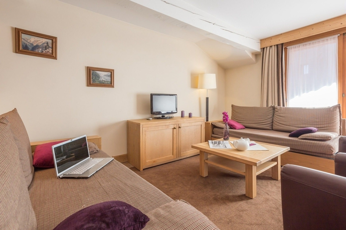 Hotel P.V. LES CHALETS DU FORUM