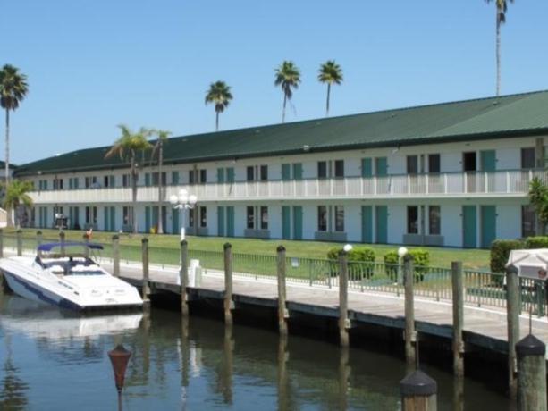 Hotel Ramada Sarasota Waterfront