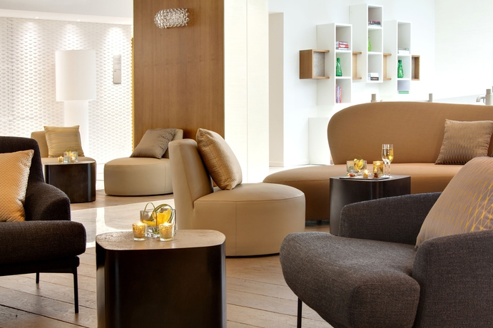 Hoteles aix en provence - Hotel renaissance aix en provence ...