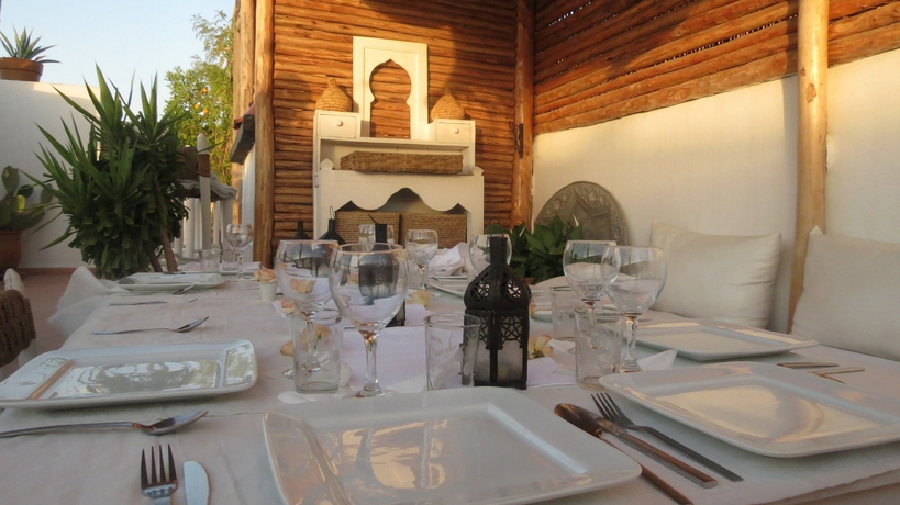 Casa de Huéspedes Riad Les Orangers D'Alilia
