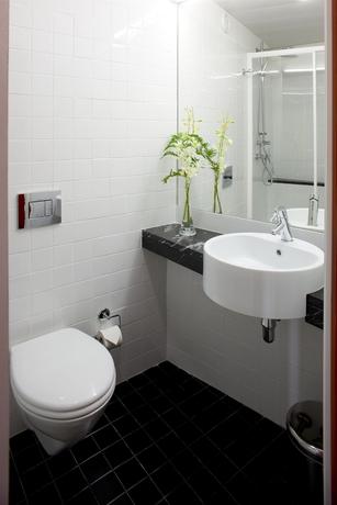 Hotel Star Inn Low Cost Design Hotel