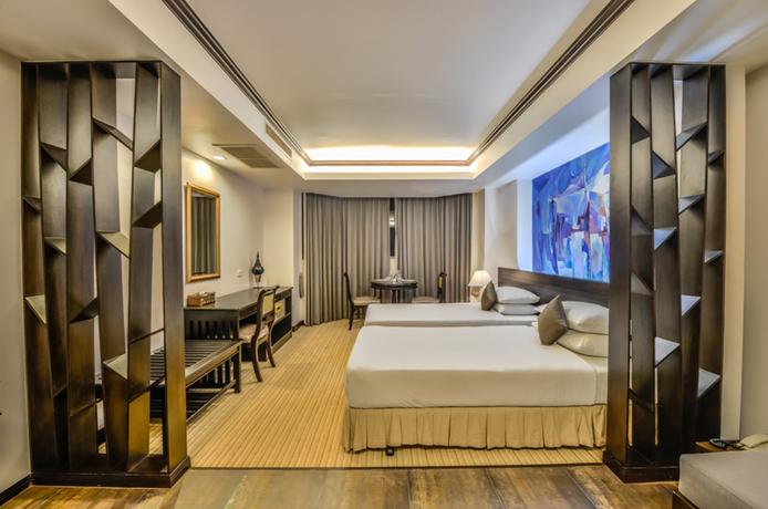Hotel The Grand Sathoorn Hotel