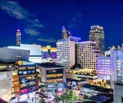 Hotel Novotel Bangkok on Siam Square