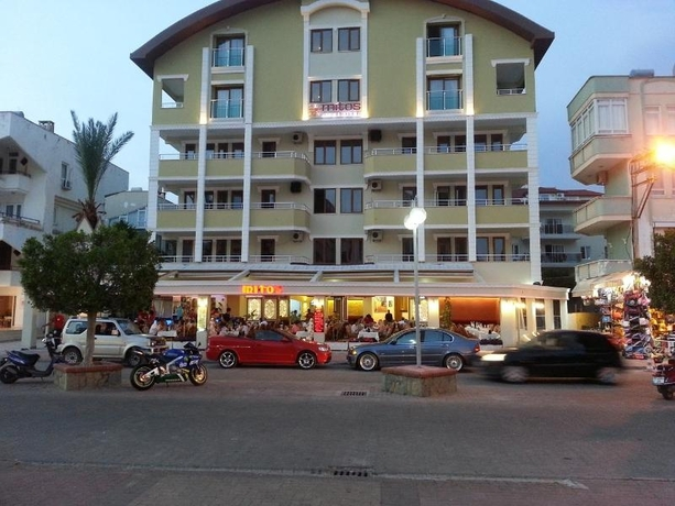 Mitos Apart And Hotel