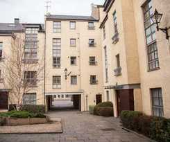 Apartamentos Royal Mile Accommodation