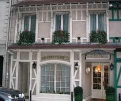 Hotel Le Petit Manoir