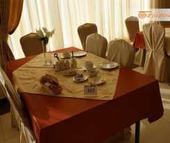 Hotel Tsaghkahovit Hotel