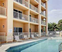 Hotel Hutchinson Island Plaza Hotel and Suites