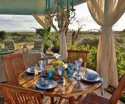 Hotel Beachcomber Cottages on Vilano