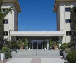 Apartamentos PIERRE and VACANCES ESTARTIT PLAYA