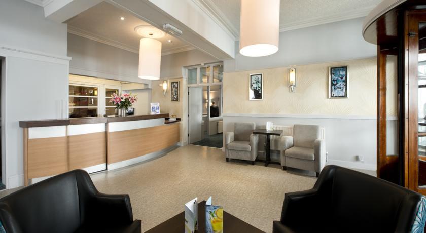 Bay Beresford Hotel