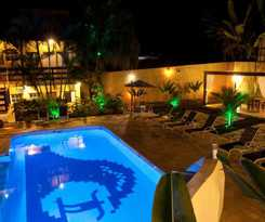 Hotel Pousada Camburioca