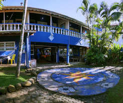 Hostal Golfinho Tropical