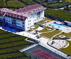 Apartamentos Dena