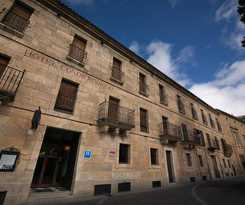 Hotel CONDE RODRIGO I