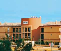 Apartamentos Leo Islamar