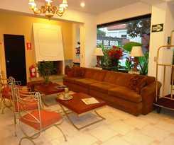 Hotel Leon De Oro & Suites