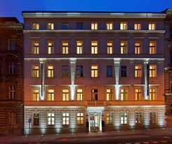 Hotel RED & BLUE DESIGN HOTEL