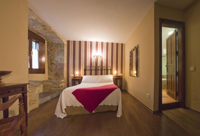 Hotel Castillo Valdesalas