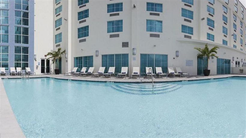 Hotel Crowne Plaza Fort Lauderdale Airport Hotel
