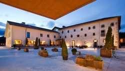 Hotel Ibaia