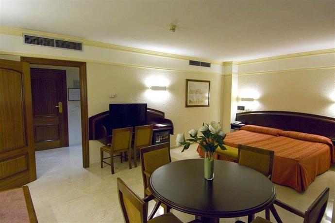 Hotel SAN ANTONIO