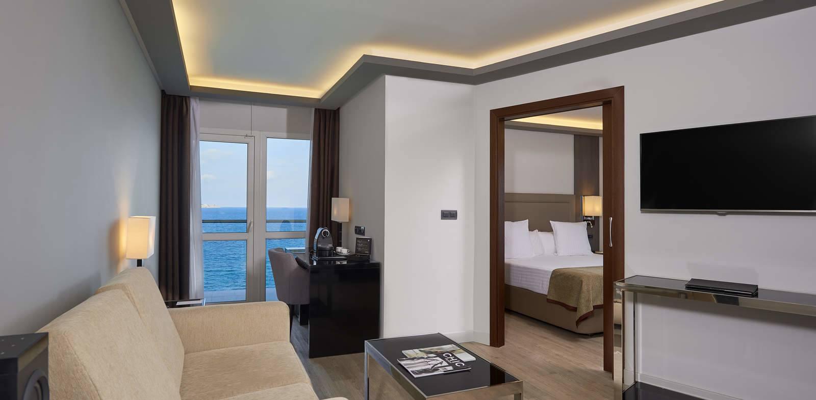 Suite Presidencial The Level del hotel Melia Alicante