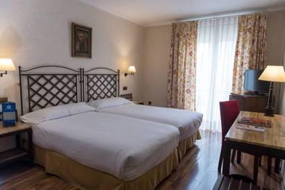 Habitación doble Económica del hotel Palacio de Valderrabanos. Foto 1