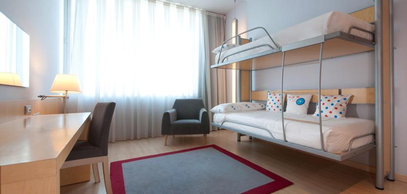 Hotel tryp barcelona aeropuerto barat simo for Habitacion cuadruple barcelona